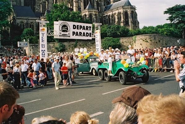 parade2004-1