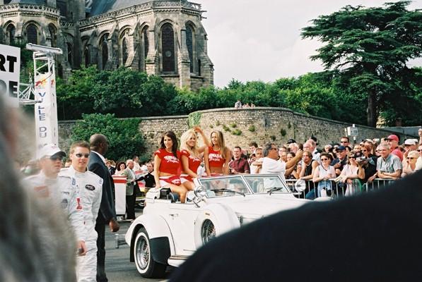 parade2004-11